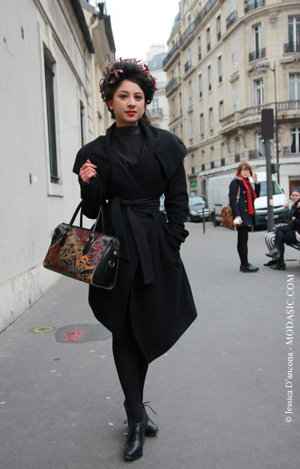 Before Moon Young Her show, Paris - Modasic