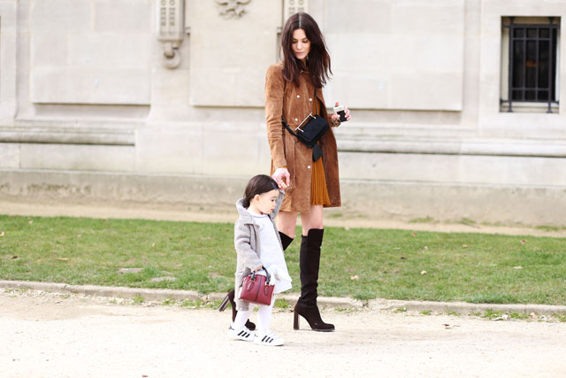 Mother & Daugther, Paris - Modasic